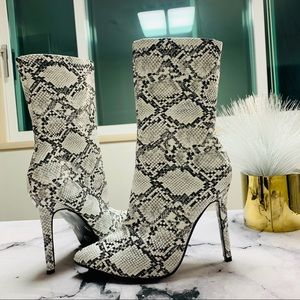 Faux Snakeskin High Heeled Boots